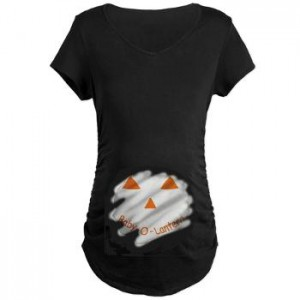 baby-o-lantern peeking out maternity tshirt